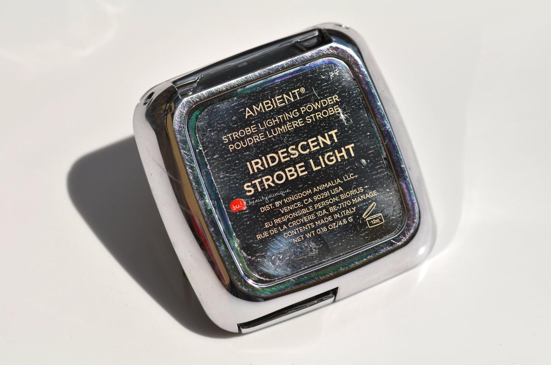 hourglass-ambient-iridescent-strobe-light