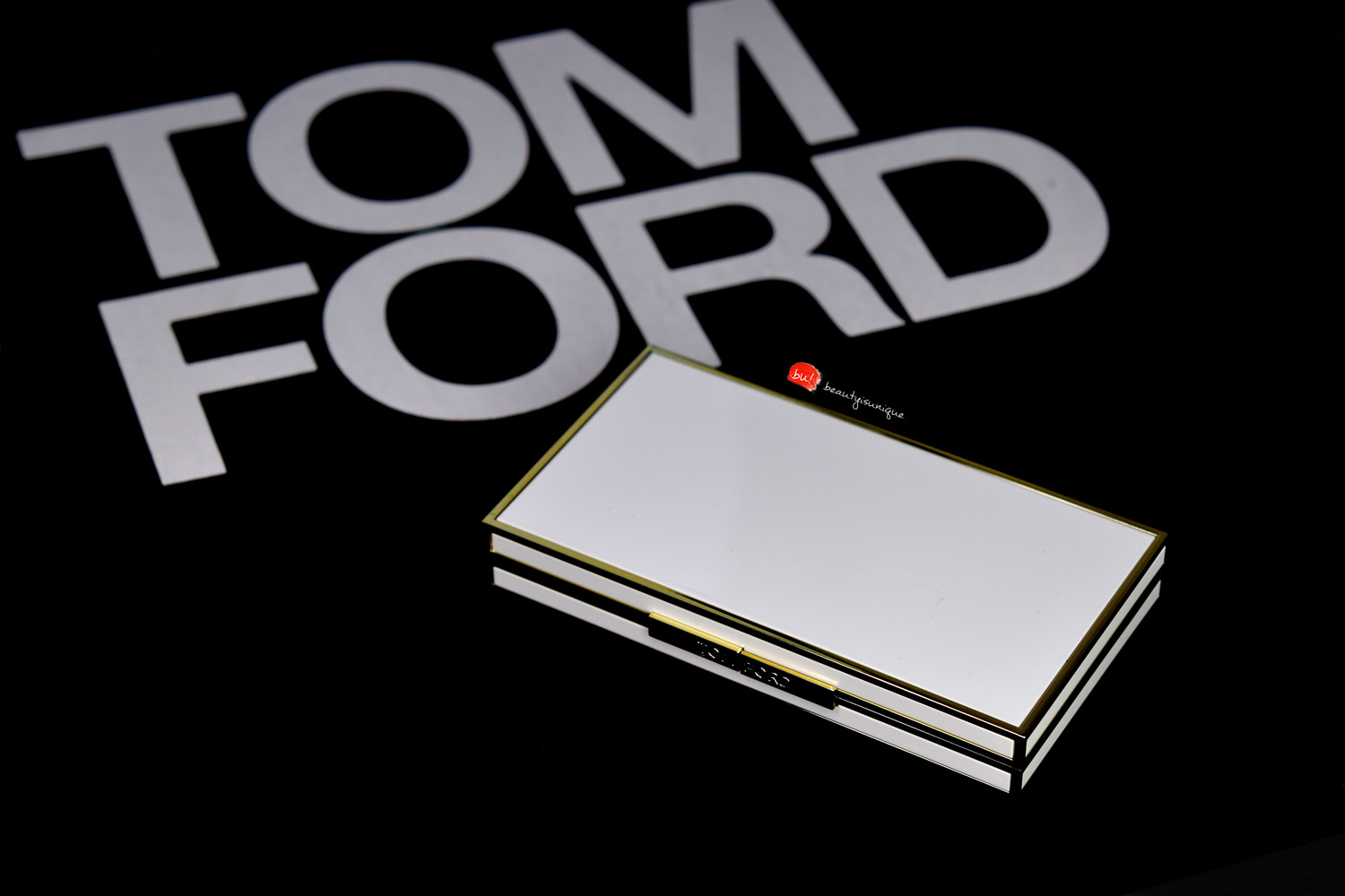 Tom-ford-soleil-eye-and-cheek-palette-warm-02
