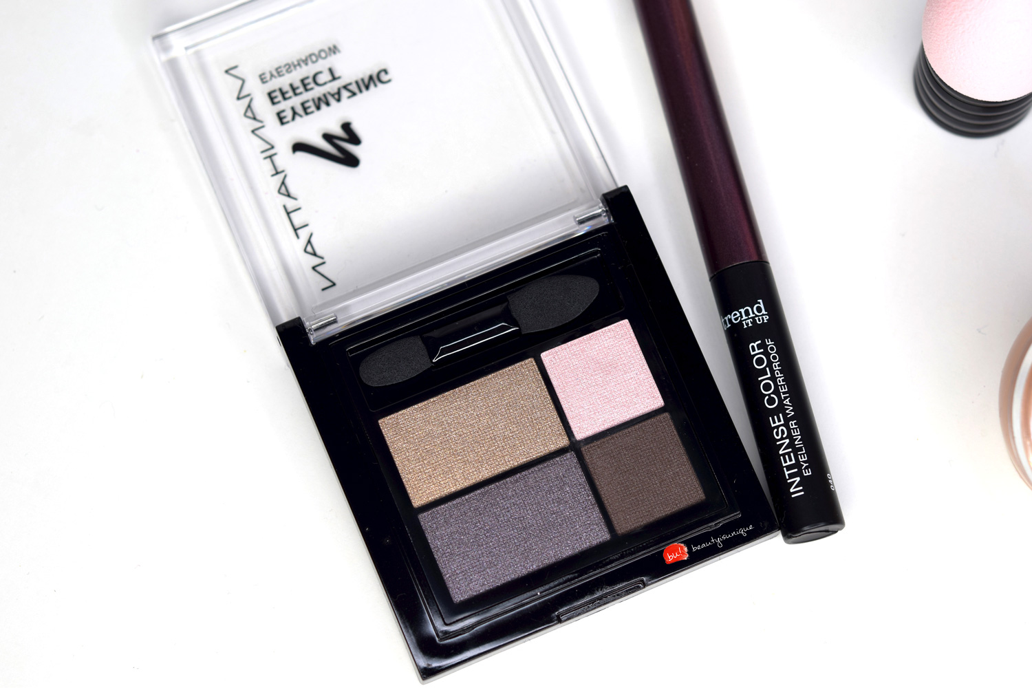 Manhattan-eyemazing-effect-eyeshadow-top-of-the-taupe-96-d