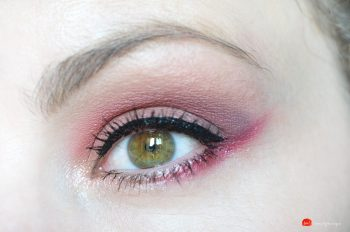 Huda-Mauve-obsessions-swatches