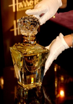clive-christian-no-1-perfume-imperial-majesty-edition