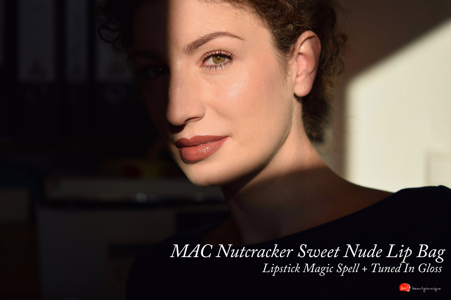 Mac-nutcracker-sweet-nude-lip-bag