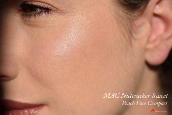 mac-nutracker-sweet-peach-face-compact