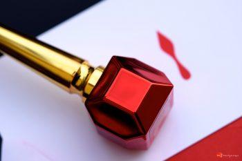 louboutin-metalissime-nail-colour