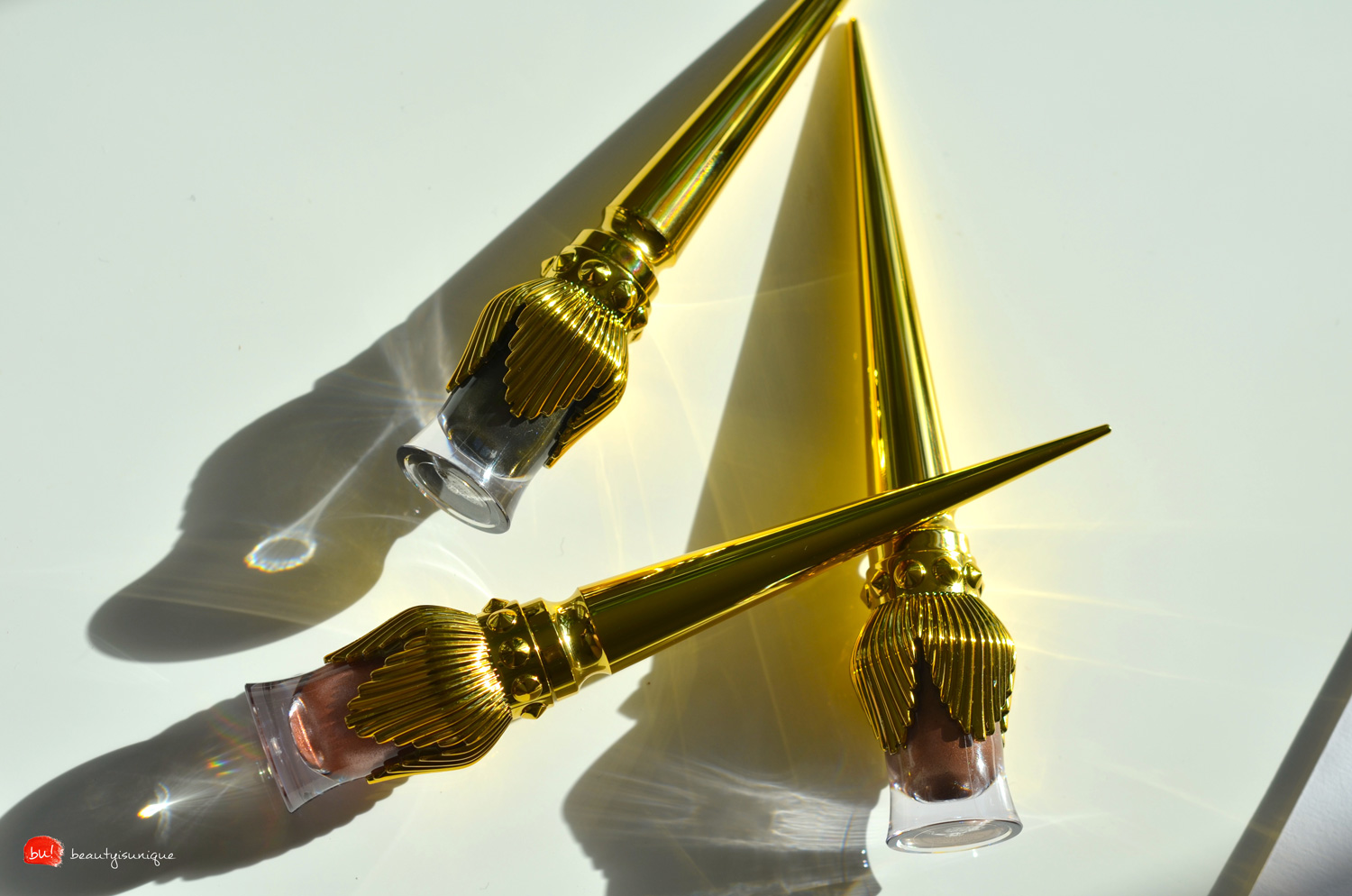 louboutin-tape-a-l'oeil-eye-colour