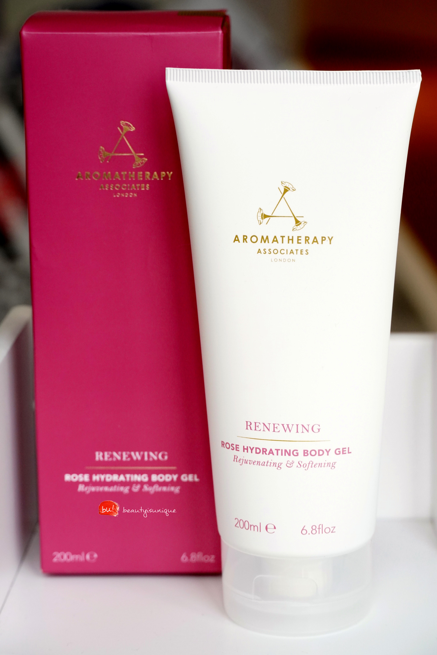 aromatherapy-renewing-rose-hydrating-body-gel